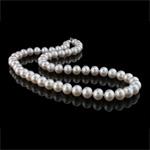 Natürliche Süßwasserperlen Halskette, Natürliche kultivierte Süßwasserperlen, Messing Verschluss, rund, weiß, Grad AAA, 8-9mm, verkauft per 17 ZollInch Strang