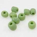 Opake Glas Rocailles, Glas-Rocailles, Rondell, grün, 3x3.60mm, Bohrung:ca. 1mm, verkauft von Tasche