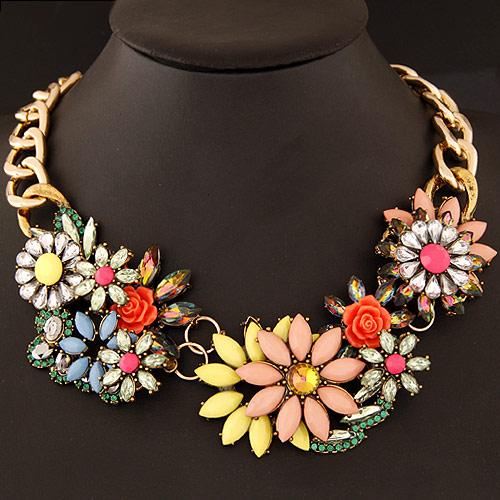 Mode Statement Halskette, Zinklegierung, mit Harz, Blume, goldfarben plattiert, Twist oval, farbenfroh, frei von Blei & Kadmium, 400x160x48mm, verkauft per ca. 15.75 ZollInch Strang