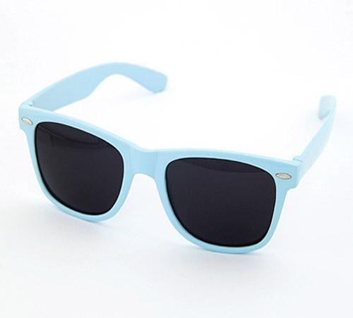 Harz Sonnenbrille, hellblau, 140x50mm, verkauft von PC