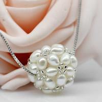Ball Cluster Zuchtperlen, Natürliche kultivierte Süßwasserperlen, mit Glas-Rocailles, rund, natürlich, kann als Perlen oder Anhänger benutzt, weiß, 3-4mm, 20-24mm, Bohrung:ca. 2-7mm, verkauft von PC