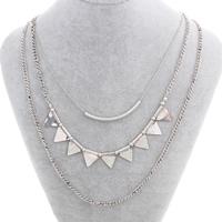 Mode-Multi-Layer-Halskette, Zinklegierung, mit Eisenkette, mit Verlängerungskettchen von 6.5cm, Dreieck, plattiert, 3-Strang, frei von Nickel, Blei & Kadmium, 14x16x2mm-50x3mm, verkauft per ca. 14 ZollInch Strang