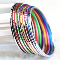 Aluminium Armreif, plattiert, Blume Schnitt & verschiedene Größen vorhanden, gemischte Farben, frei von Nickel, Blei & Kadmium, 3mm, 10Taschen/Menge, 50PCs/Tasche, verkauft von Menge