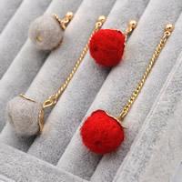Zinklegierung Gewinde durch Ohrringe, mit Eisenkette & Wolle, Edelstahl Stecker, rund, goldfarben plattiert, keine, frei von Blei & Kadmium, 70mm, verkauft von Paar