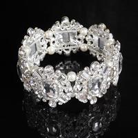 Braut Armband, Zinklegierung, mit ABS-Kunststoff-Perlen & Kristall, Blume, silberfarben plattiert, für Braut & facettierte & mit Strass, frei von Blei & Kadmium, 30mm, verkauft per ca. 7 ZollInch Strang