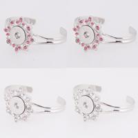 Snap-Knopf-Armband, Zinklegierung, Blume, Platinfarbe platiniert, für Frau & mit Strass, keine, frei von Blei & Kadmium, 18mm, Innendurchmesser:ca. 6mm, verkauft per ca. 7 ZollInch Strang