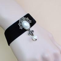 Gothic Armband, Spitze, mit Glasperlen & Zinklegierung, mit Verlängerungskettchen von 2.7lnch, antike Bronzefarbe plattiert, für Frau, frei von Nickel, Blei & Kadmium, verkauft per ca. 6 ZollInch Strang