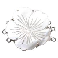 Messing Bajonettverschluss, mit Süßwassermuschel, Blume, Platinfarbe platiniert, für Frau & 3-Strang, weiß, frei von Nickel, Blei & Kadmium, 40x33x6mm, Bohrung:ca. 1.5mm, verkauft von PC