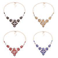Kristall Halskette, Zinklegierung, mit Kristall, mit Verlängerungskettchen von 2.1lnch, goldfarben plattiert, Twist oval & für Frau & mit Strass, keine, frei von Nickel, Blei & Kadmium, 60mm, verkauft per ca. 18.8 ZollInch Strang