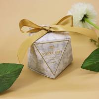 Papier Hochzeit-Candy-Box, mit Satinband, verschiedene Muster für Wahl & hohl, 55x55x60mm, 50PCs/Menge, verkauft von Menge