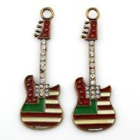 Musikinstrument Zinklegierung Anhänger, Gitarre, antike Goldfarbe plattiert, Emaille & mit Strass, frei von Blei & Kadmium, 22x63x2mm, Bohrung:ca. 4mm, verkauft von PC