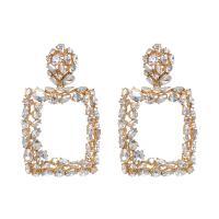 Zinklegierung Tropfen Ohrring, mit Kristall, Quadrat, goldfarben plattiert, für Frau, keine, 47x78mm, verkauft von Paar
