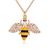 Zinklegierung Schmuck Halskette, mit Tschechische Crytal & ABS-Kunststoff-Perlen, mit Verlängerungskettchen von 5cm, Biene, vergoldet, Oval-Kette & für Frau & Emaille, frei von Blei & Kadmium, 30x28mm, verkauft per ca. 15.75 ZollInch Strang