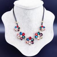 Kristall Zinklegierung Halskette, mit PU Leder & Kristall, plattiert, für Frau & mit Strass, keine, 18x35mm, verkauft per ca. 17.7 ZollInch Strang
