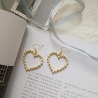 Zinklegierung Ohrringe, mit ABS-Kunststoff-Perlen, Herz, goldfarben plattiert, verschiedene Stile für Wahl & für Frau, keine, frei von Nickel, Blei & Kadmium, 50mm, verkauft von Paar