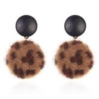 Zinklegierung Tropfen Ohrring, mit Plüsch & PU Leder, Zinklegierung Stecker, plattiert, für Frau & Leopard Muster, braun, 45x30mm, verkauft von Paar