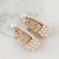 Schnabelspange, Zinklegierung, mit ABS-Kunststoff-Perlen, goldfarben plattiert, verschiedene Stile für Wahl & für Frau, frei von Nickel, Blei & Kadmium, 64x25mm, 2PCs/Menge, verkauft von Menge