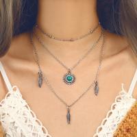 Mode-Multi-Layer-Halskette, Zinklegierung, goldfarben plattiert, mehrschichtig & für Frau & mit Strass, Silberfarbe, frei von Nickel, Blei & Kadmium, verkauft von Strang