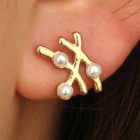 Zinklegierung Ohrstecker, mit Kunststoff Perlen, Edelstahl Stecker, plattiert, für Frau, goldfarben, frei von Nickel, Blei & Kadmium, verkauft von Paar