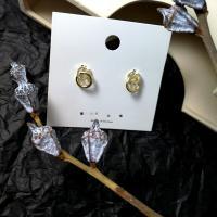 Zinklegierung Ohrstecker, Edelstahl Stecker, plattiert, für Frau & mit Strass, goldfarben, 15*12mm, verkauft von Paar
