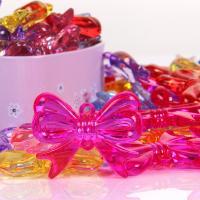 Acryl Anhänger, Schleife, plattiert, DIY, gemischte Farben,  43X35mm, 500G/Tasche, verkauft von Tasche