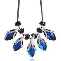 Kristall Zinklegierung Halskette, mit Lederband & Kristall, plattiert, für Frau & mit Strass, keine, frei von Nickel, Blei & Kadmium, 46x12mm, verkauft von Strang
