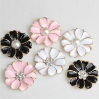 Verschiedene Komponente, Zinklegierung, mit ABS-Kunststoff-Perlen, Blume, Emaille & mit Strass, gemischte Farben, frei von Nickel, Blei & Kadmium, 32x32mm, 60PCs/Tasche, verkauft von Tasche