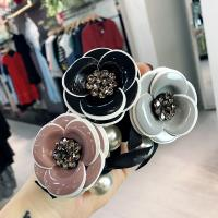 Pferdeschwanz-Halter, PU Leder, mit Kunststoff Perlen, Blume, für Frau & Emaille & mit Strass, keine, 60mm, verkauft von PC