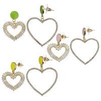 asymmetrische Ohrringe, Messing, Herz, goldfarben plattiert, Micro pave Zirkonia & für Frau & hohl, keine, 34mm,26x22mm,45mm,33x32mm, 12PaarePärchen/Menge, verkauft von Menge