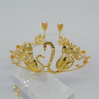Krone, Metallisches Legieren, mit Kunststoff Perlen, Schwan, goldfarben plattiert, mit Strass & hohl, keine, 160x65mm, 10PCs/Menge, verkauft von Menge